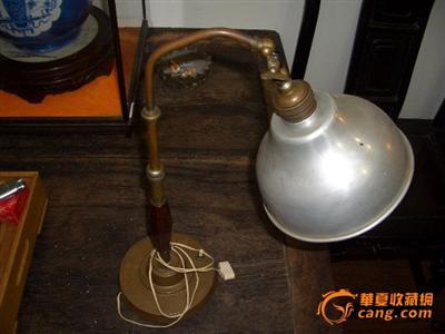 柳州回收民国老台灯-上海浦东红木家具回收,浦浦东哪些有家具城图片