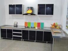 雅尼不锈钢整体橱柜占据市场的优势