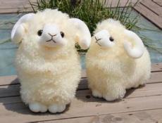 2015新款生肖羊羊年吉祥物