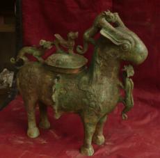 供应羊尊仿古工艺品青铜礼品