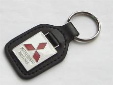 上海真皮钥匙扣订做北京金属配皮礼品钥匙链