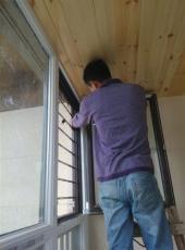 海淀区肖家河儿童防护纱窗护栏/不锈钢护栏