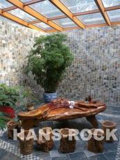别墅下沉式庭院木结构阳光房